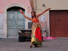 """Piazza di San Cosimato a Trastevere: giornata conclusiva di """"Ineuroff 2019"""", il festival di Teatro Urbano e Nuovo Circo"""